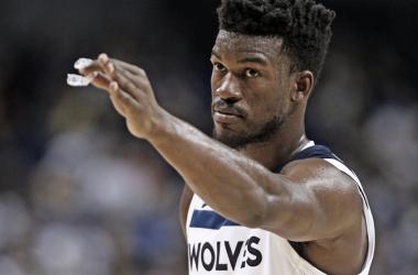 Resumen de la jornada NBA: Simmons tumba a LeBron, Minnesota respira