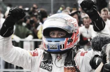 McLaren quiere seguir contando con Jenson Button en 2015