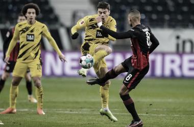 Com time modificado, Borussia Dortmund busca primeiro empate na Bundesliga diante do Eintracht Frankfurt
