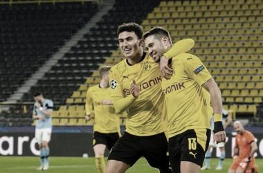 Borussia Dortmund cede empate à Lazio e garante classificação às oitavas