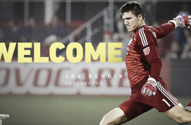 Joe Bendik firma con Columbus Crew