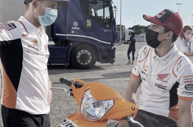 Marc Márquez y Pol Espargaró durante el último test en Barcelona. Via @hrc_motogp IG.