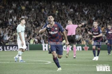 Luis Suárez celebra uno de sus dos goles ante el Inter. FOTO: Noelia Déniz