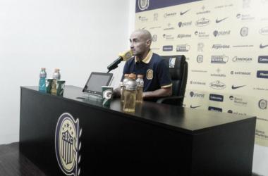 El técnico de Rosario Central habló luego de la victoria ante Tigre.   Foto: @CARCoficial