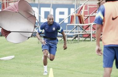 Alianza Lima debutará en el Descentralizado ante Alianza Atlético de Sullana. Foto: Club Alianza Lima, Facebook.