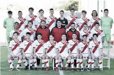 La plantilla Cadete B de la temporada 2017-2018. Fotografía: Rayo Valelcano S.A.D