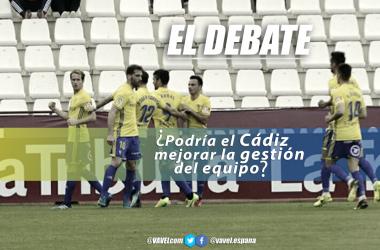 Jugadores del Cádiz celebrando un gol | Fotografía: J Mondéjar (VAVEL) ; Montaje: Santiago Arxé Carbona (VAVEL)
