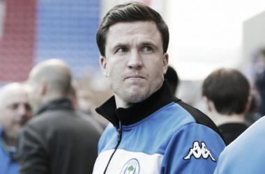 El Wigan despide a Gary Cadwell