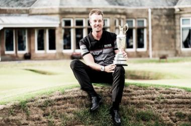 Henrik Stenson, con -20, logró el registro más bajo en la historia de un British Open. (Fran Caffrey).