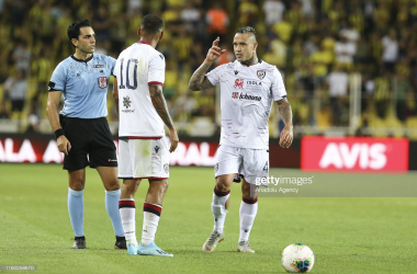 Radja Nainggolan in his first game back for Cagliari ( Source: GettyImages/Anadolu Agency)