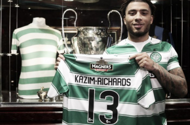 Colin Kazim-Richards shows off his new shirt | @CelticFC