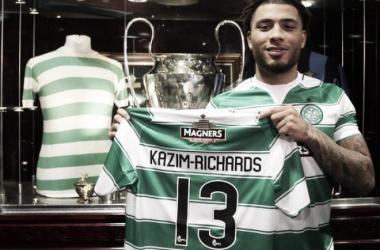 Colin Kazim-Richards shows off his new shirt | @CelticFC