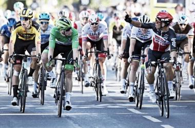 Caleb Ewan logra su segundo triunfo en el Tour de Francia 2020