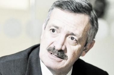 Enrique Camacho: ''Estamos terminando de concretar otros nombres''