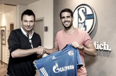 Pablo Insua, nuevo jugador del Schalke 04