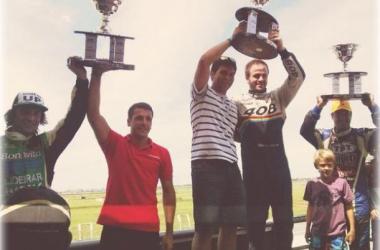El podio de las duplas ganadoras | Foto: ACTC.