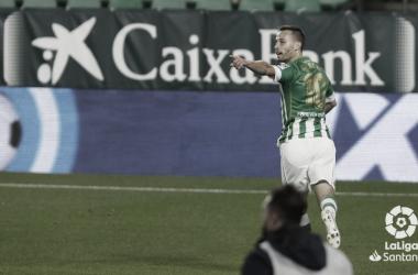 Canales celebra un gol en el Real Betis - Celta de Vigo. Foto: LaLiga Santander.