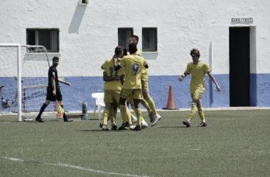 La cantera quiere ser campeón este domingo ante el Algeciras / Cádiz CF