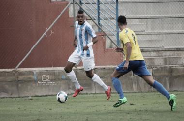 En-Nesyri en un partido con el juvenil del Atlético Malagueño. Foto: Jennifer Lozano Fotografías