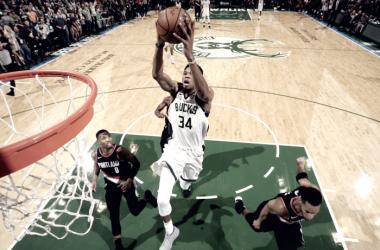 Giannis Antetokounmpo - Fonte immagine: www.twitter.com/NBA