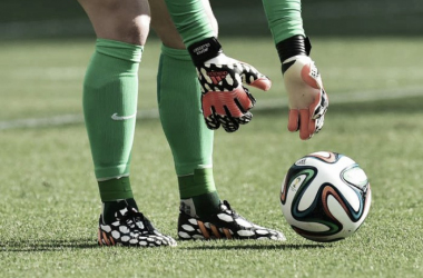 Duelo inédito no Clássico: Rui Patrício vs Iker Casillas, 2 guardiões campeões europeus // Foto: AFP