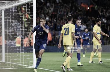 Slimani voltou a marcar frente ao FC Porto, desta vez com a camisola do Leicester