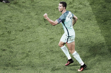 Ronaldo voltou a deixar a sua marca na História // Foto: Facebook Seleções de Portugal