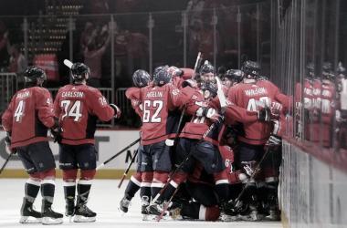 Los Capitals se dejan el primer encuentro de la serie a ante los Bruins | Foto: NHL.com