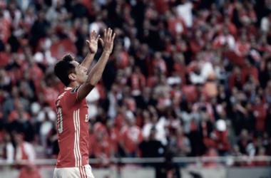 Jonas não perdeu o jeito de marcar tentos incríveis // Foto: Facebook do Sport Lisboa e Benfica