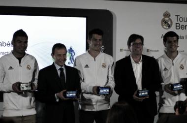 Presentación de la guía interactiva en el palco de honor del Santiago Bernabéu/ FOTOGRAFÍA: María Olmo (VAVEL).