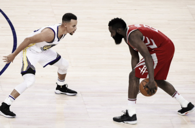 Stephen Curry y James Harden serán rivales en la final de conferencia | Foto: @NBA
