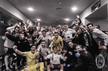 Los jugadores celebrando tras la victoria de hoy. Twitter: @RMajadahonda