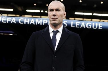 Zidane en el banquillo del Real Madrid. Foto: UEFA.com