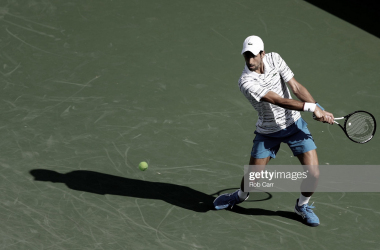 Djokovic regresa sólido