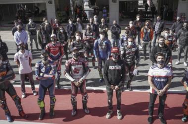 Diferentes pilotos en el Circuit de Barcelona-Catalunya / Fuente: motogp.com
