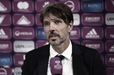 """Técnico do Lyon, Vasseur comemora classificação à final da Champions League Feminina: """"Nunca é fácil"""""""