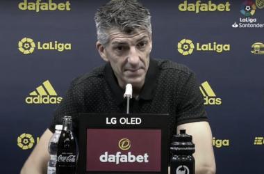 """Após vitória da Real Sociedad, treinador Imanol Alguacil mantém cautela: """"Não é suficiente"""""""