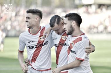 Jugadores del Rayo celebrando uno de los goles de la tarde. Fotografía: Rayo Vallecano S.A.D.