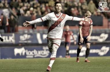 Embarba celebrando su gol ante el Osasuna. Foto: Rayo Vallecano S.A.D.