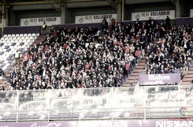 Aficionados del Rayo Vallecano durante un desplazamiento | Fotografía: La Liga