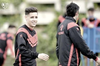 Álex Moreno y Dorado durante una sesión de entrenamiento | Fotografía: Rayo Vallecano S.A.D.