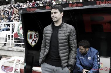 Míchel durante un encuentro en el Estadio de Vallecas | Fotografía: La Liga