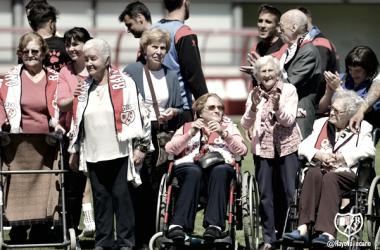 Protagonistas de la visita especial | Fotografía: Rayo Vallecano S.A.D.