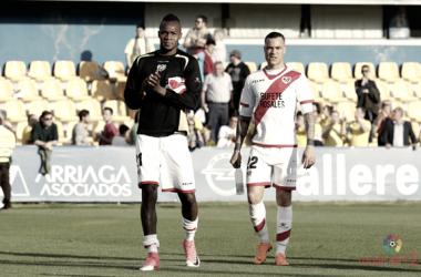 Raúl de Tomás y Manucho tras un partido | Fotografía: La Liga