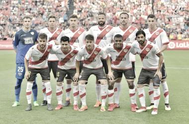 Formación del Rayo Vallecano durante un partido | Fotografía: Rayo Vallecano S.A.D.