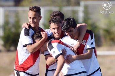 Jugadores del Juvenil A celebrando un gol   Fotografía: Rayo Vallecano S.A.D.