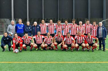 Equipo veterano del Athletic de Bilbao | Fotografía: Rayo Vallecano Veteranos