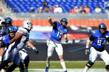 Memphis' Paxton Lynch threw for 4 touchdowns in the Tigers' victory - USA Today/Steve Mitchell