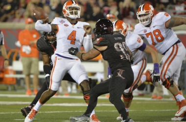 Clemson Holds Off Louisville To Win ACC Opener 20-17