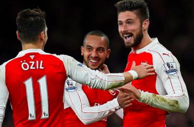Le trio offensif des Gunners a offert la victoire à ses supporters - Twitter Premier League